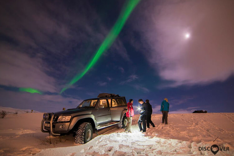 super jeep 4x4 northern lights tour
