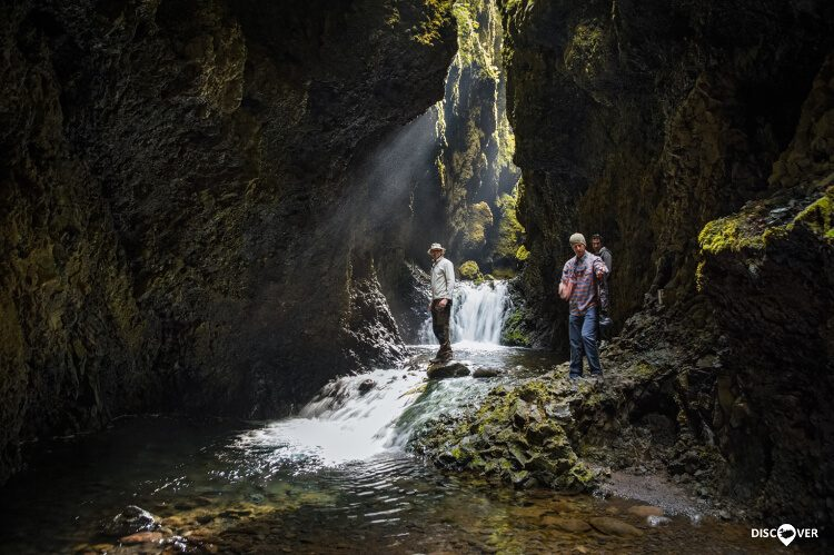 Hike Canyon Nauthúsagil Thorsmork Þórsmörk 4x4
