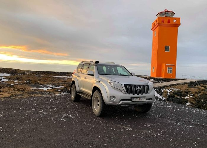 super-jeep-tours-iceland