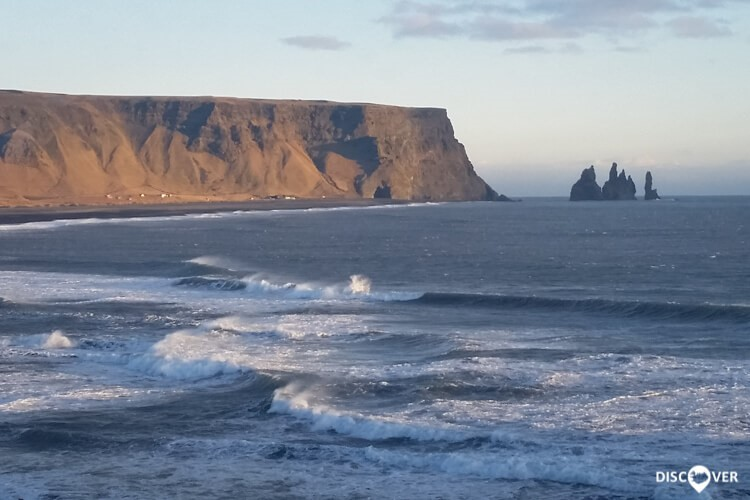 Strolling in Reynisfjara – the black sand beaches