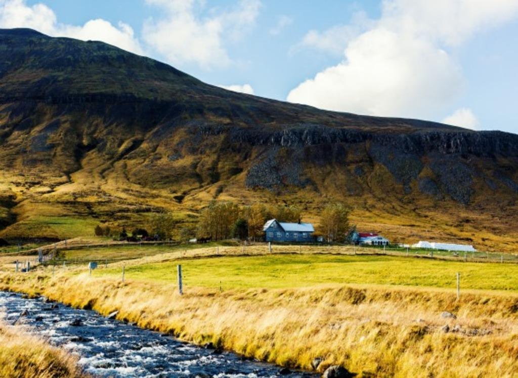 Travel Iceland during summer days